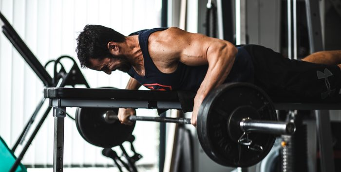 Stop au Pyramidal en musculation