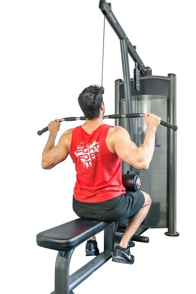 Comment FAIRE DES TRACTIONS en musculation   - Rudy Coia 6742e6a104a