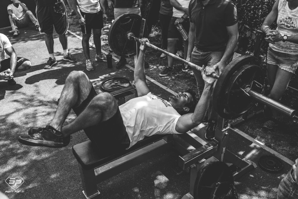 Combien de temps prendre entre chaque série en musculation ?